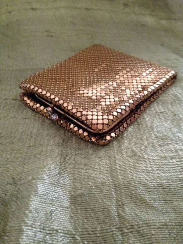 Vintage ~BOND STREET LTD ~Gold Metal Mesh Wallet w/ Coin Purse ~Great Condition