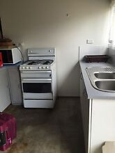 Near Deakin and holmesglen students  !!!Fully furnished single bedroom Mount Waverley Monash Area Preview