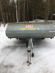 Long track snowmobile trailer ( or regular size track )