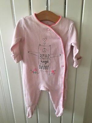 Baby Girl's Clothes 0-3 Mths - Bear Hugs For Daddy Pink One-Piece Outfit 🐵🐵🐵
