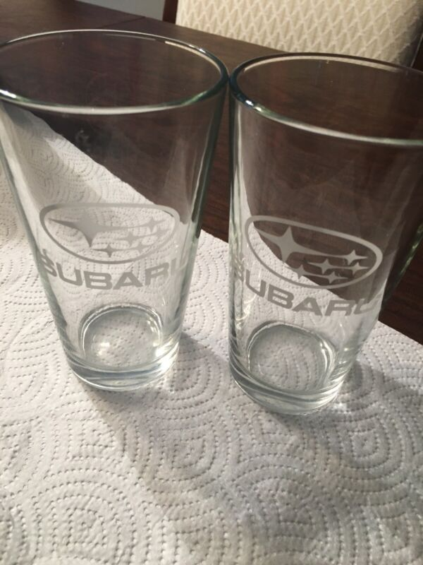 (2)SUBARU EMBLEM LOGO ENTHUSIASTS BEER  PINT GLASS  collectible