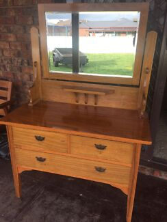 Timber dressing table with mirror