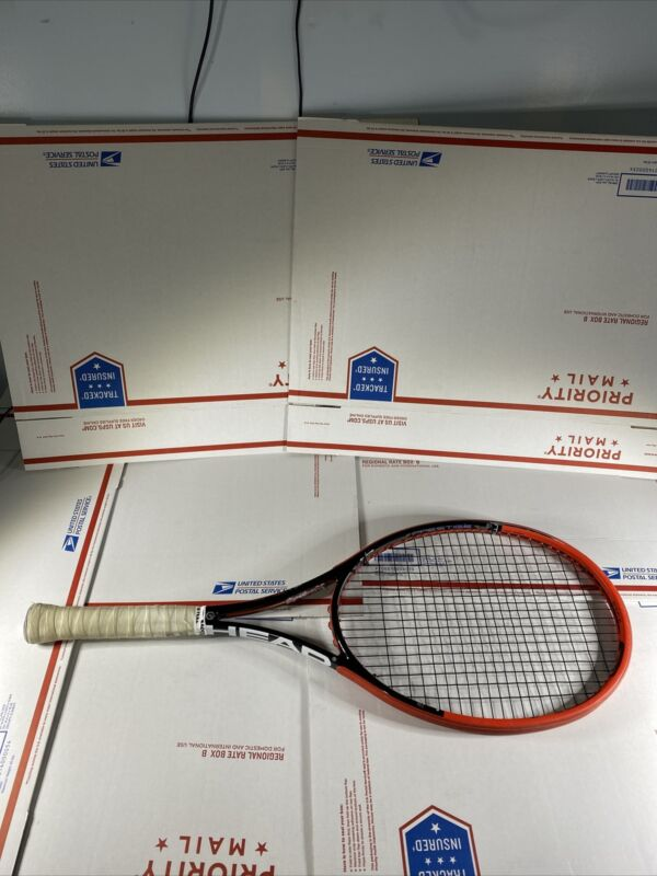"Head Prestige MP Graphene 4 1/4"" Handle 18 x 20 Tennis Racquet"
