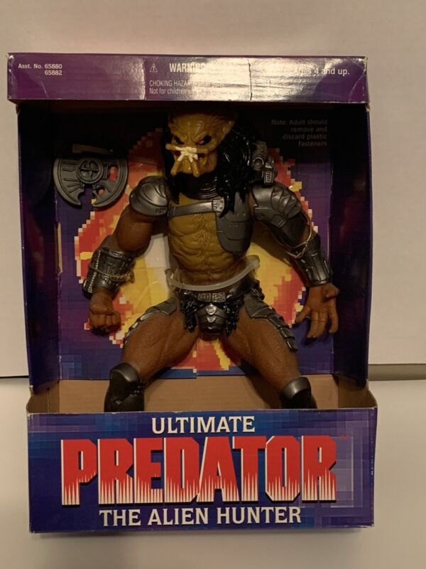 """1995 Ultimate Predator Alien Hunter 10"""" Action Figure Vintage Kenner Toys"""
