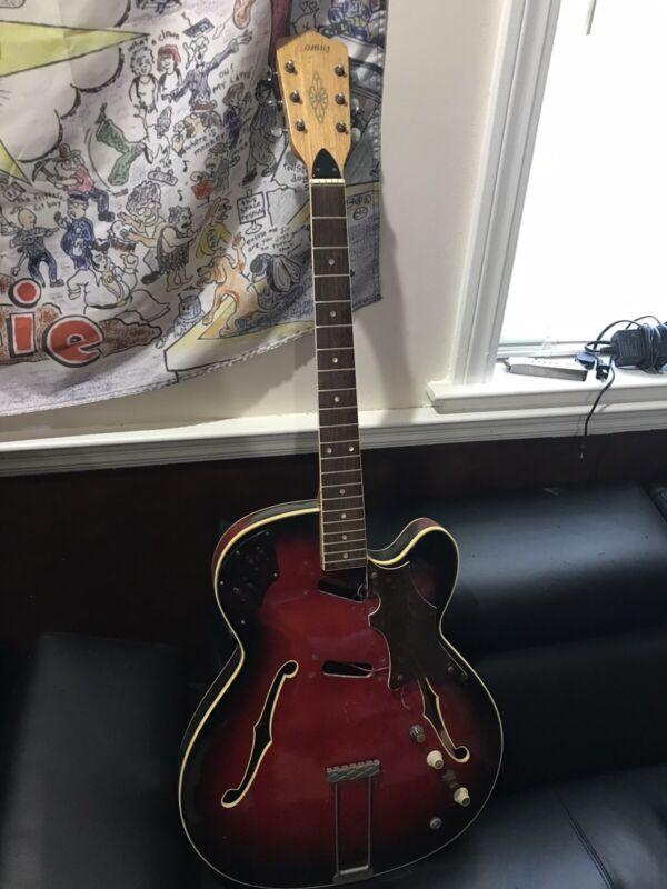 Framus Guitar Electric Hollow body  1960