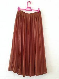 Tan Pleated Skirt - Forcast - Size 10 Kurrajong Hawkesbury Area Preview