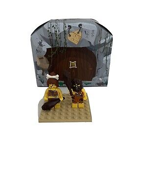 Lego Mini Figure Iconic Cave 5004936 Caveman and Cavewoman