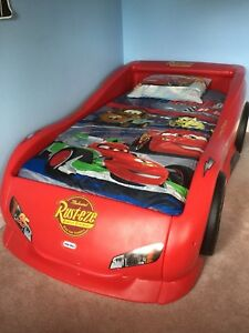 Little Tikes Lightning McQueen Twin Cars Bed