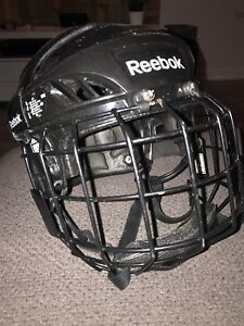 Casque de hockey