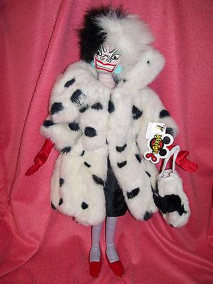 Disney 101 Dalmations Cruella DeVille Plush Doll Villain Plush 18