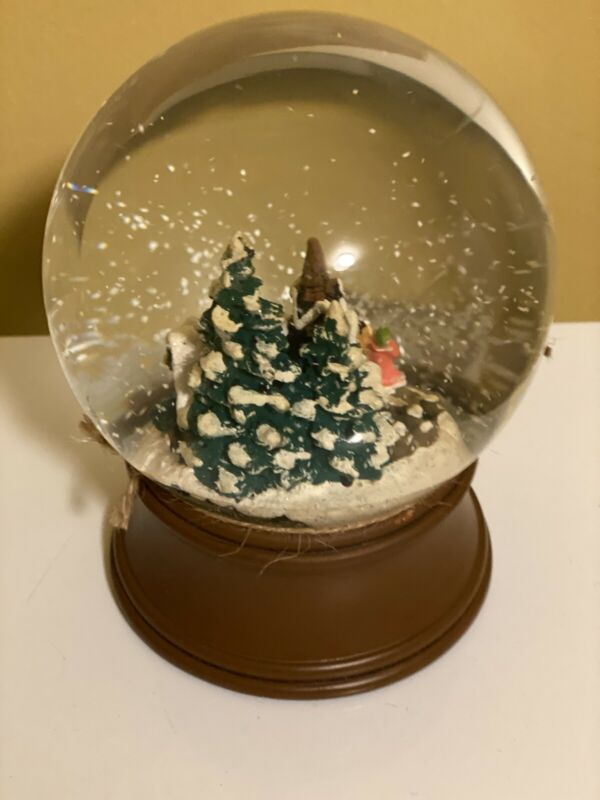 vintage christmas snowglobes