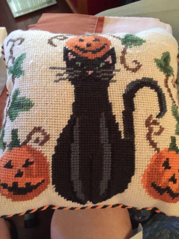 Vtg Halloween Pillow 10 X 10 Velveteen Back (4062)