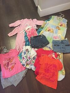 Twin clothes 2T