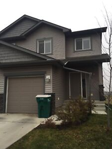 Duplex For Rent - Spruce Grove,AB