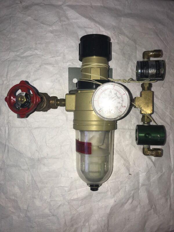 CA Norgren Pressure Gauge Regulator with Pneumatic Filter