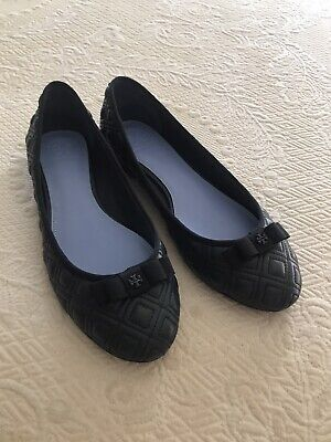 tory burch quilted flats, size 8 new, excellent condition