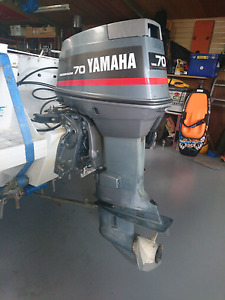 Yamaha 70hp outboard wrecking 1993 2 stroke a few parts left