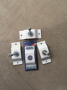 Wall mount tire holders x4