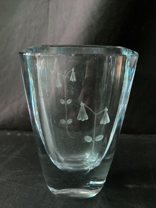 "Stromberg Swedish Art Glass Crystal Mid Century Modern Vase Etched signed 5.25"""