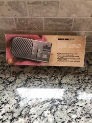 SHARPER IMAGE DESIGN PORTABLE SOUND SOOTHER & TRAVEL ALARM CLOCK SI 420 - NEW