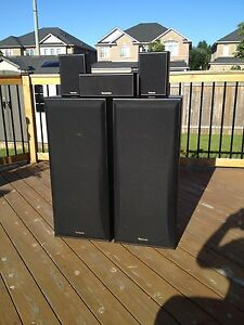 5 Piece Speaker set for sale