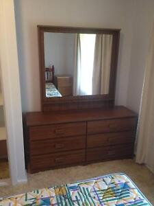 Dresser with Mirror Dubbo Dubbo Area Preview