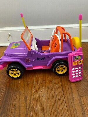 2O06 DORA The Explorer Jeep Radio Remote Controlled Battery Operated MATTEL