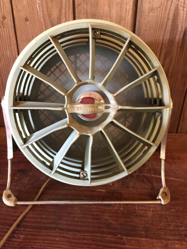 Vintage Sea foam Green Westinghouse Mid Century Round Floor Fan Works Very Well