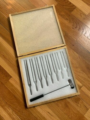 Scientific Tuning Fork Wooden Box Set With Mallet, 8 Forks