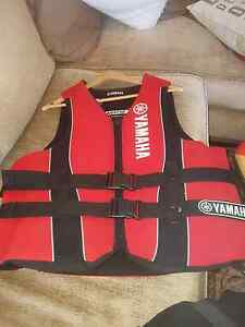 Yamaha life jacket 2xl xxl jet ski worn once Mount Lewis Bankstown Area Preview
