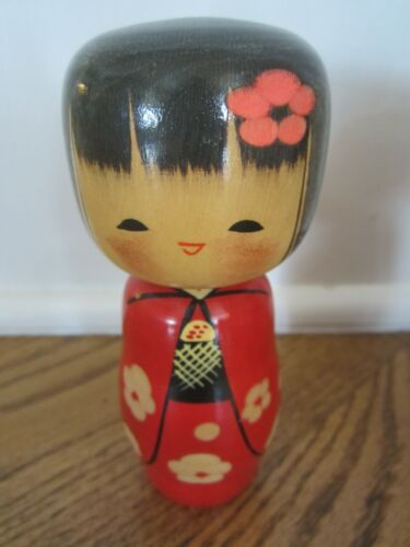 """VINTAGE KOKESHI JAPANESE WOODEN DOLL ~ STAMPED  5"""" TALL  HAND-PAINTED BLACK  RED"""