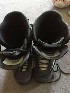 Snow boarding boots size 10