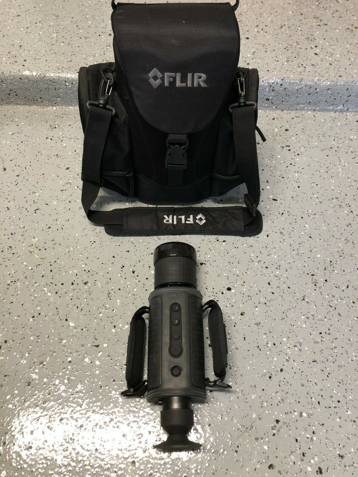 FLIR HS-307 Command 431-0004-11-00 Thermal Imager 65mm Lens NTSC 30 Hz - $2,999.99