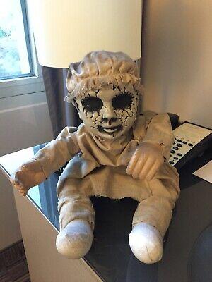 Horror Baby Puppe gruselig Scary Horror lebensechte Puppe Halloween