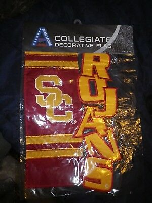 USC TROJANS TEAM SPORTS COLLEGIATE DECORATIVE FLAG - MINT IN PLASTIC 12.5