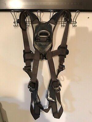 3m Dbi-sala Exofit Nex Climbingpositioning Harness -large. Model 1113082