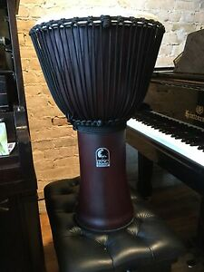"TOCA Percussion Freestyle 2 rope tuned 14"" Djembe with bag"