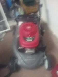 Honda lawn mower Terrigal Gosford Area Preview