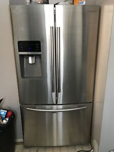 Samsung 28-cu.ft. Stainless French door refrigerator