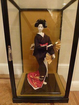 Japanese Geisha Doll in Glass Presentation Case -  1970s Beautiful  FANS