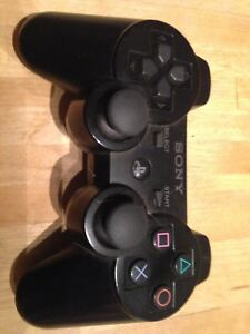 BLACK SONY PS3 CONTROLLER