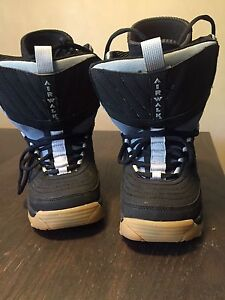 snowboard boots size 4