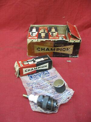 Original Antique Lot of 10 1930's Car Truck Champion Spark Plug 1 COM