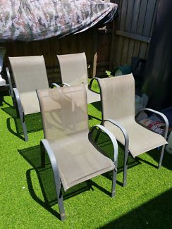 Out door chairs x4