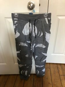 Lululemon pants with drawstrings day pockets