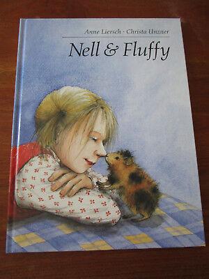 E203)KINDERBUCH NELL & FLUFFY ANNE LIERSCH/CHRISTA UNZNER ENGLISCHE SPRACHE 2001
