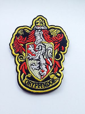 Harry Potter Costumes Diy (HOGWARTS HARRY POTTER WIZARD XXL GRYFFINDOR CREST PATCH DIY CLOAK BOOK)