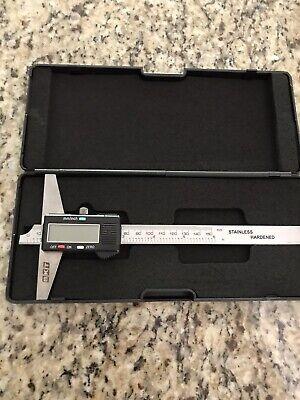 Digital Depth Gauge Caliper Style 0 - 6  0 - 150mm New W Battery Case