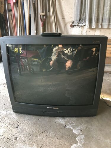 "Philips Magnavox TP3284 C101 Television 32"" CRT Remote Included"