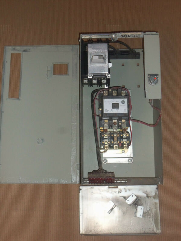CUTLER HAMMER TYPE W SIZE 3 STARTER 100 AMP BREAKER MCC MCCB BUCKET ON OFF 24